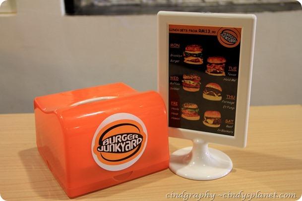 Burger Junkyard (7)