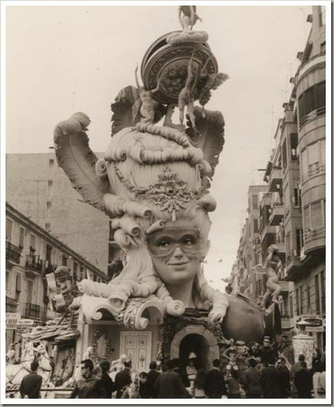 Valencia en fallas  1968 falla angel guimera