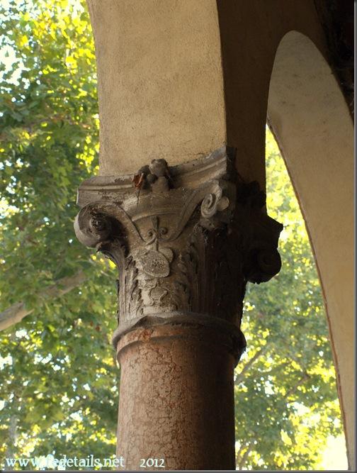 Palazzo Ronchegalli-Rondinelli (dettaglio colonna 1), Ferrara, Italia - Ronchegalli-Rondinelli palace ( detail column 1), Ferrar, Italy - Property and Copyright www.fedetails.net