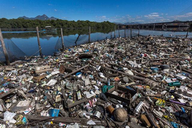 Garbage floats in Guanabara Bay in Rio de Janeiro. Well-financed efforts to clean up the bay have proved disappointing for decades, undercut by mismanagement and corruption. Photo: Ana Carolina Fernandes / The New York Times