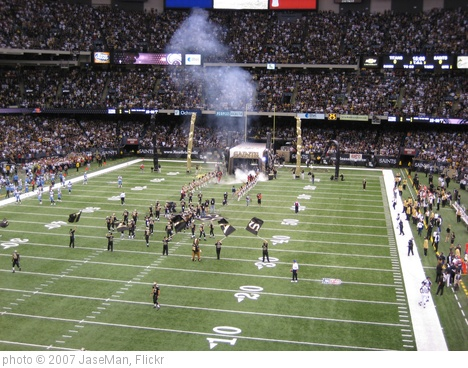 'Da Saints Run Out on the Field' photo (c) 2007, JaseMan - license: http://creativecommons.org/licenses/by/2.0/