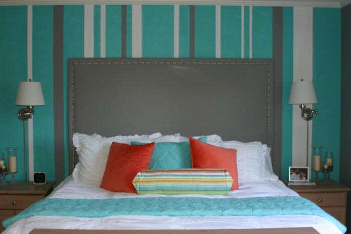 quarto azul e laranja