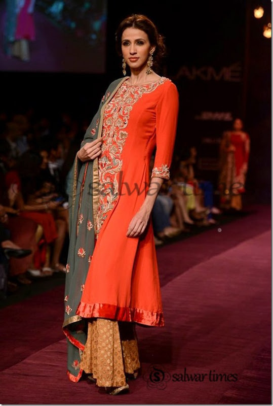 Shyamal_and_Bhumika_Collection_at_Lakme_Fashion_Week_2013 (4)