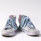 Walking Shoes © Ivobalderi | Dreamstime.com