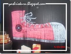 converse-block-party-graffiti-art-shoes
