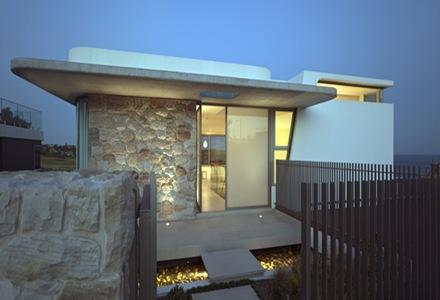 fachada-principal-casa-moderna-Luis-Rosselli