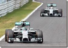 Le due Mercedes nelle prove libere del gran premio del Giappone 2014