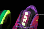 nike lebron 10 low gr purple neon green 1 10 Release Reminder: NIKE LEBRON X LOW Raspberry (579765 601)