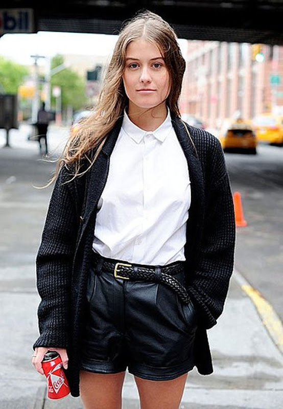 43206723e60b60cd_blackcardiganleathershort_buttoned_up_shirt-_simplicity_street_style.preview