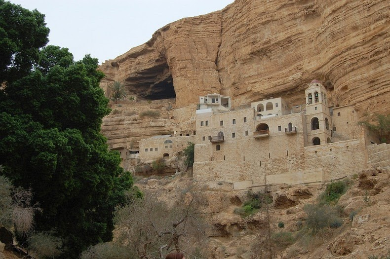 monastery-wadi-qelt-5