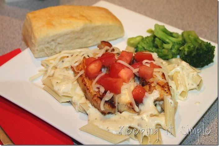 #ad Healthy-Chicken-Alfredo-with-pesto (7)