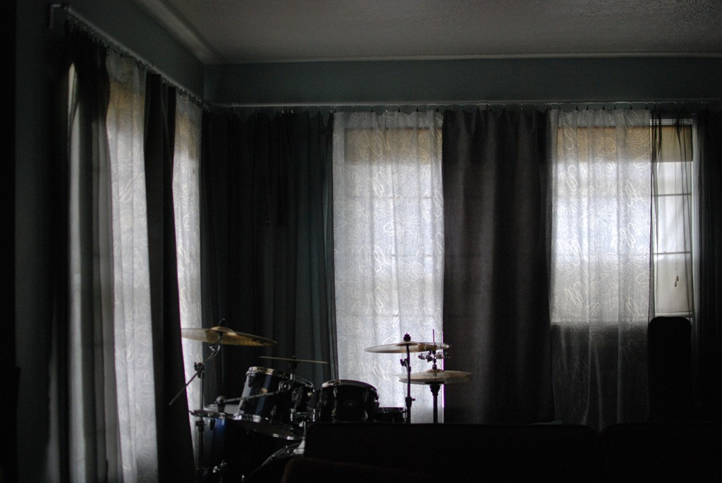 [curtains%2520003%255B5%255D.jpg]