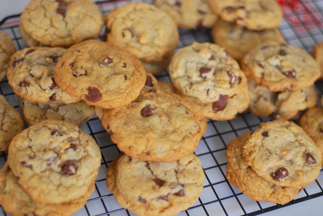 Cornflake Chocolate Chip Cookies