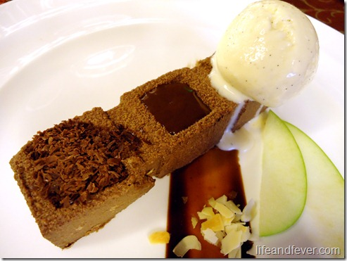 Chocolate mozart cake