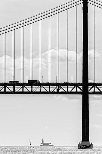 lotniskowiec-i-most