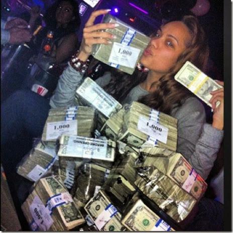 strippers-money-006