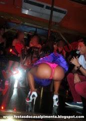 Mulherada no palco da Las Vegas