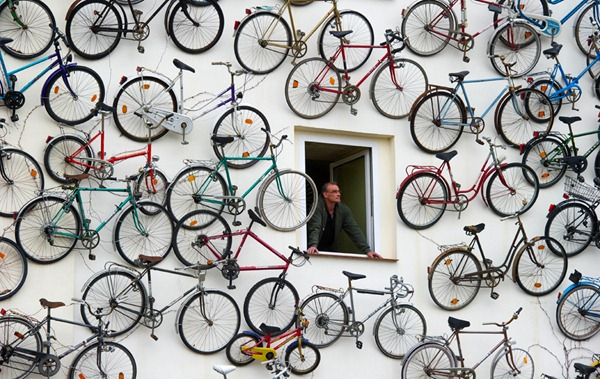 GERMANY-BICYCLES-OFFBEAT