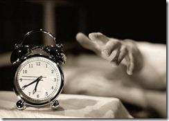 despertador__mao