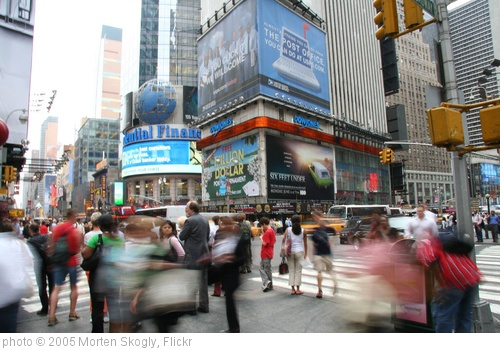 'Times square' photo (c) 2005, Morten Skogly - license: http://creativecommons.org/licenses/by/2.0/