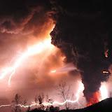 Riñinahue, 05 de junio 2011 (UPI). Vistas de la erupción en el Complejo volcánico Puyehue-Cordón Caulle, observada desde la localidad de Riñinahue en la región de Los Lagos, luego que la zona fuera declarada emergencia roja. (UPI/Miguel Angel Bustos)