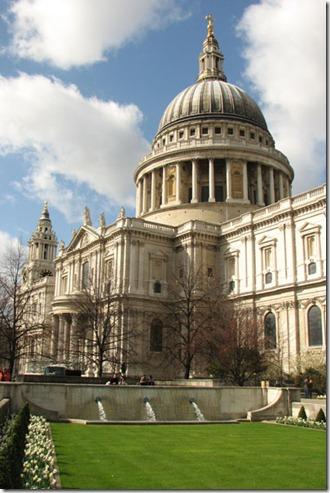 Kubah Katedral St Paul London
