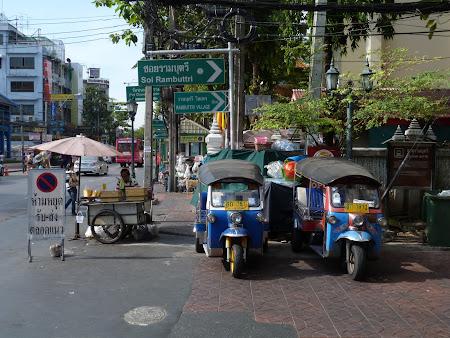 Tuk tuk in Khao San