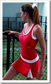 NAFFTA presenta su nueva colección Otoño-Invierno 2012-13 para deportes de raqueta.