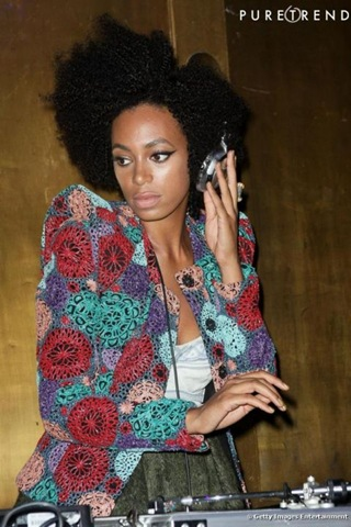 1396206_514130-djette-a-ses-heures-solange-knowles-637x0-3