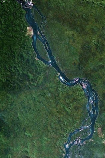 A section of the Xingu River as viewed by Google Earth.