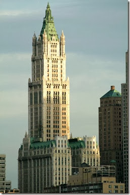 Woolworth_Building_by_themindofmadness