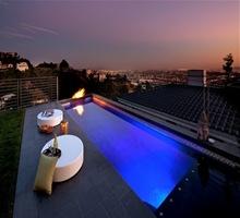 piscinas-con-decoracion-de-velas