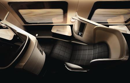 4. first class suite British Airways.bmp