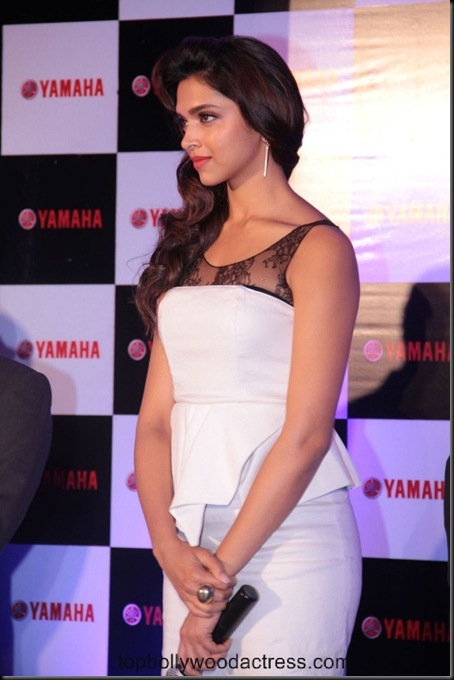 Deepika Padukone Launch Yamaha Scooters Photo Gallery Event Stills 6