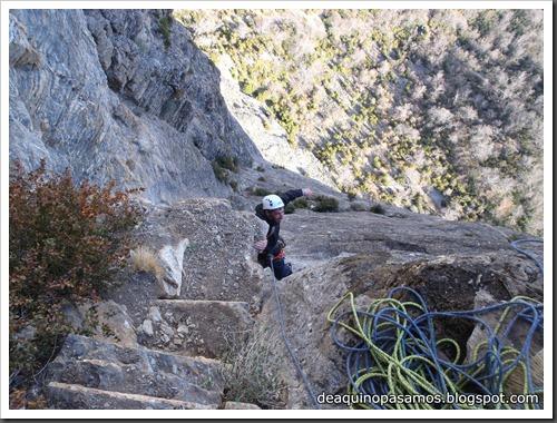 Via Diedro Sajuma 190m 6b  (6a A0 Oblig) (Peña Solano, Escarrilla) (Victor) 0609
