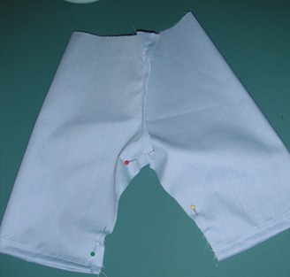 doll scrub pants step 9