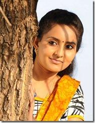 actress_bhama_beautiful_pics