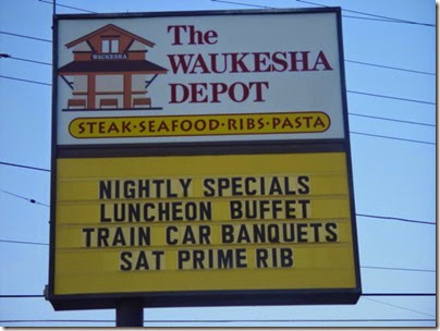 081 Waukesha - Restaurant Sign