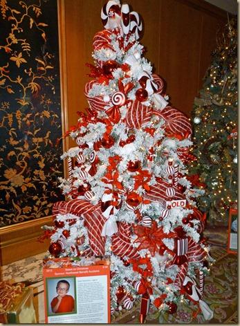 Christmas Tree Display 3