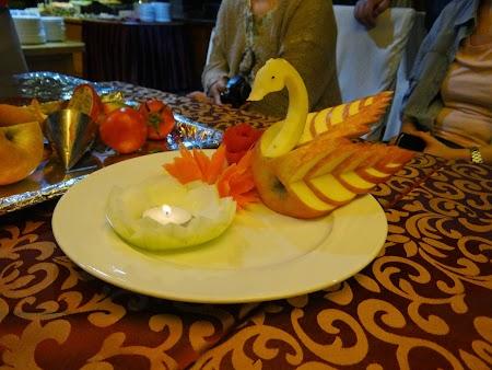 17. Figuri din fructe si legume.JPG