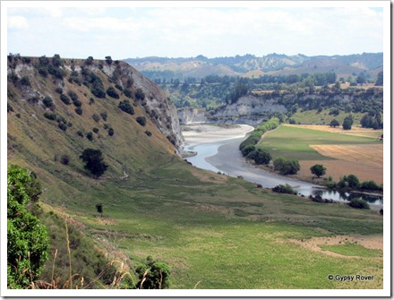 Greywacke cliffs tower above the Rangitikei river.