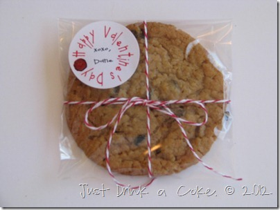 valentine's day cookie with label