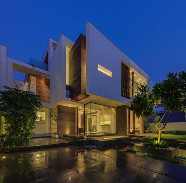 The overhang house dada partners arquitexs for Arquitectura contemporanea casas