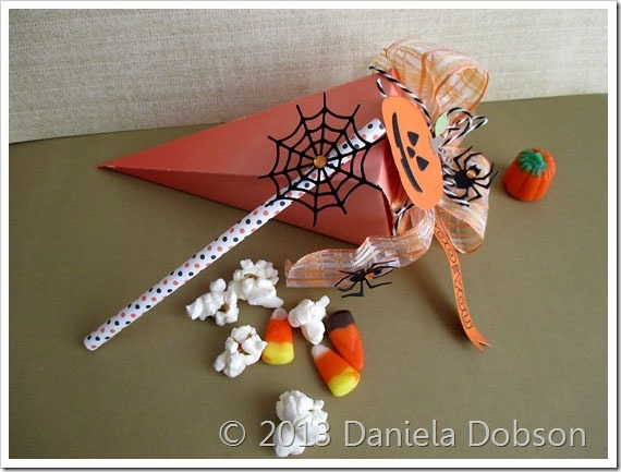 Halloween treat bag by Daniela Dobson