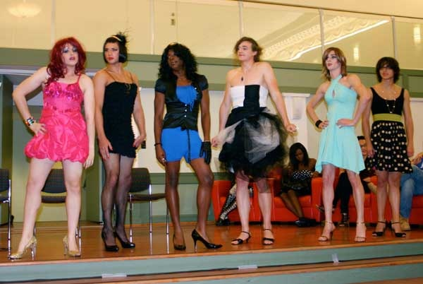 vassar-2010-fashion-show-2011-05-10-1