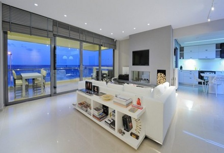 Departamento con estilo minimalista que incorpora for Iluminacion para departamentos modernos