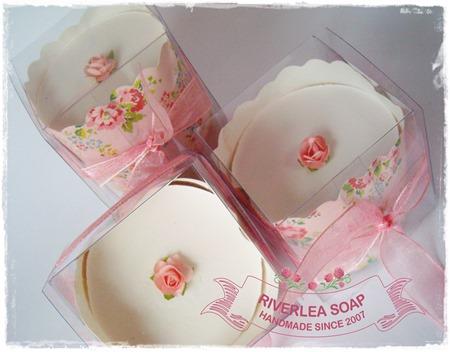 Cupcake soaps - Riverlea soap-003