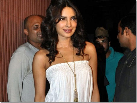 ranbir_party_priyanka_chopra_600x450