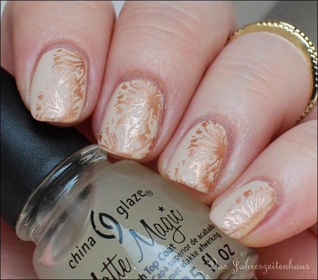 Elegantes Nude Nail Art Design mattiert 8