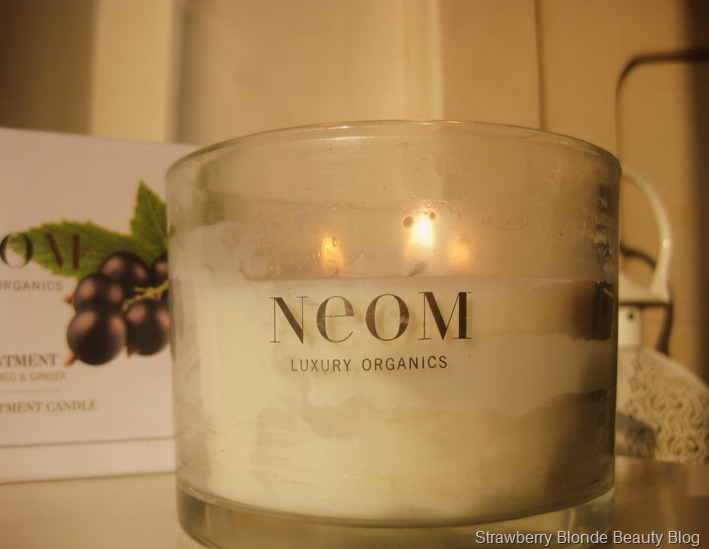 Neom-Organics-Contentment-Candle-large-review (2)